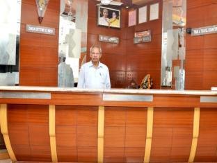 Hotel Mohak Palace DX New Delhi - Receptie