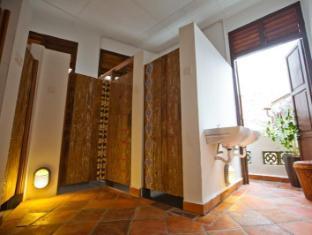 Syok at Chulia Hostel - バスルーム