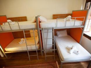 Syok at Chulia Hostel - ホテル内部