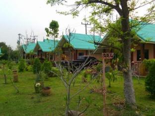 chumphae lagoon & resort