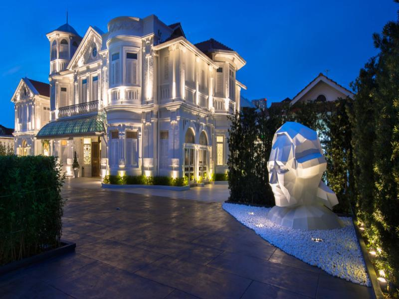 Eight Rooms - Macalister Mansion - Hotels and Accommodation in Malaysia, Asia