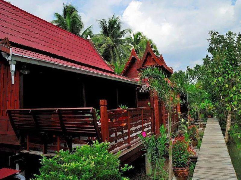 Ruan Amphawa - Hotels and Accommodation in Thailand, Asia