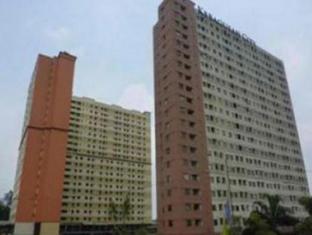 Herry's Kebagusan City Apartment 哈利克巴古桑城市公寓