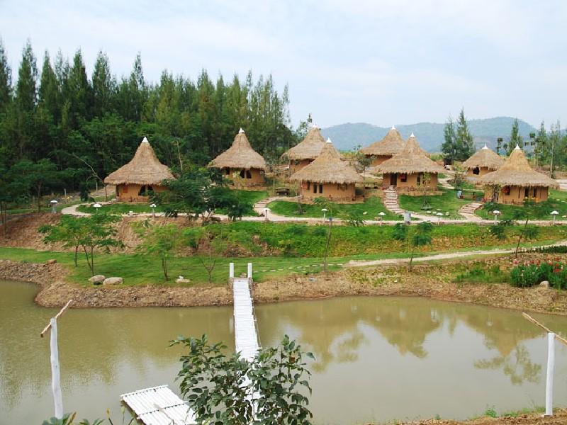 บ้านไร่ พรสวรรค์ : ที่พักสวนผึ้ง จ.ราชบุรี