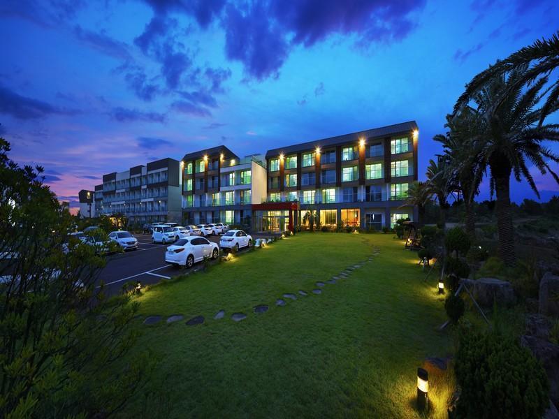 โรงแรม อารึมดาอุน รีสอร์ท  (Areumdaun Resort)
