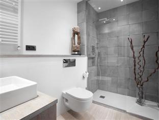 Apartments Regomir Barcelona - Bathroom