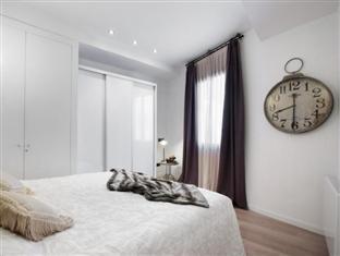 Apartments Regomir Barcelona - Guest Room