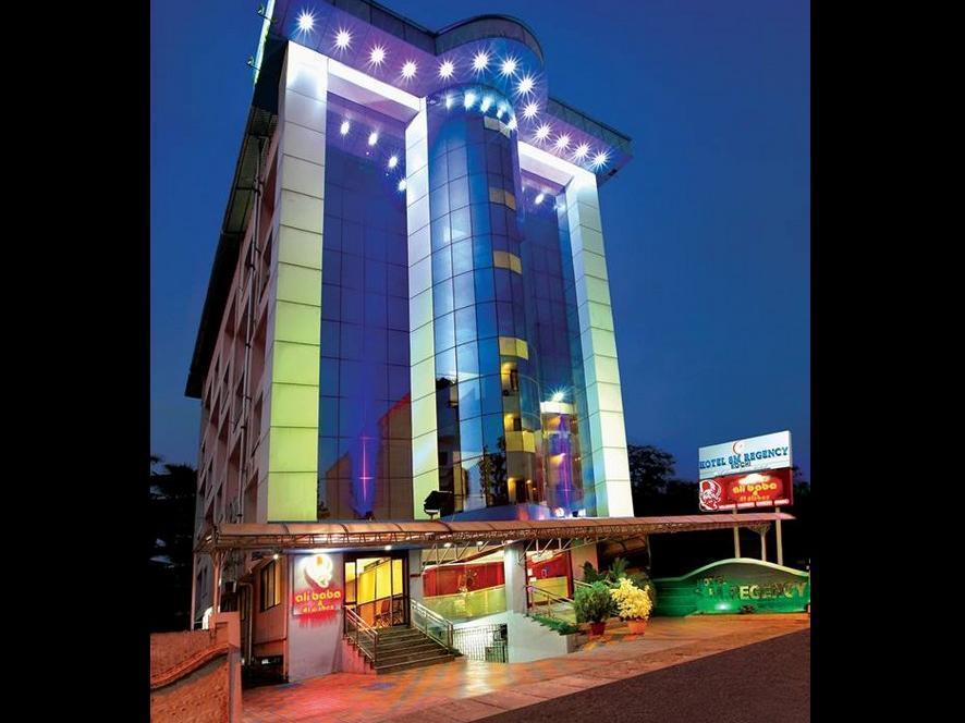 Hotel S.M. Regency