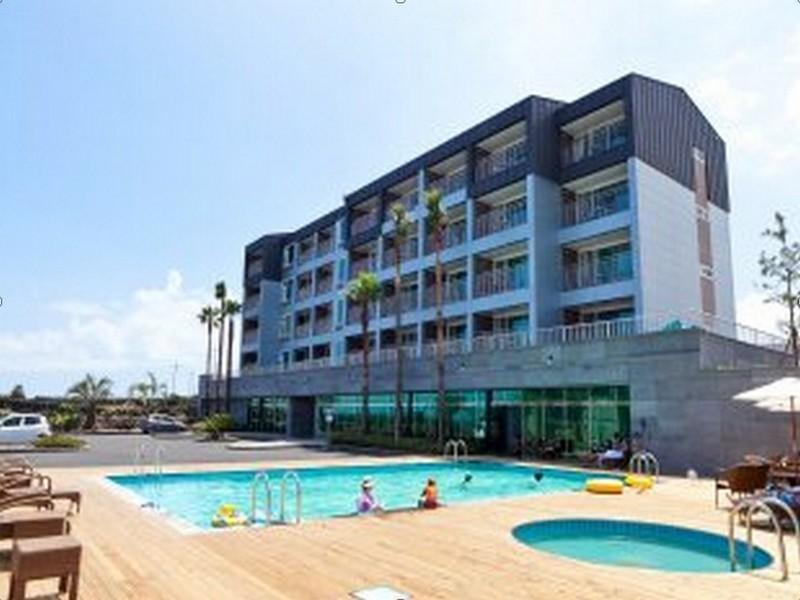 โรงแรม วิชเช รีสอร์ท  (Viche Resort)