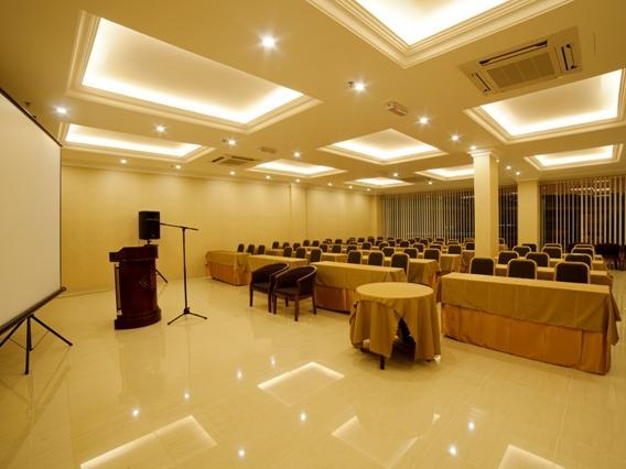 Valenza Hotel & Cafe - Meeting Room