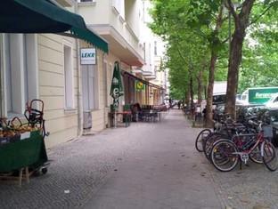 Berlin Rooms Apartment Kaethe-Niederkirchner-Strasse Berlin - Surroundings