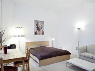 Berlin Rooms Apartment Kaethe-Niederkirchner-Strasse Berlin - Lliving