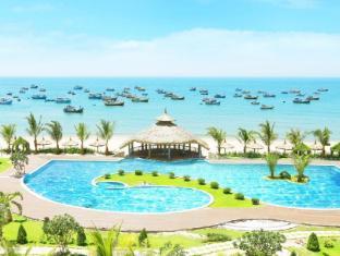The Sailing Bay Beach Resort Phan Thiet - Swimming pool