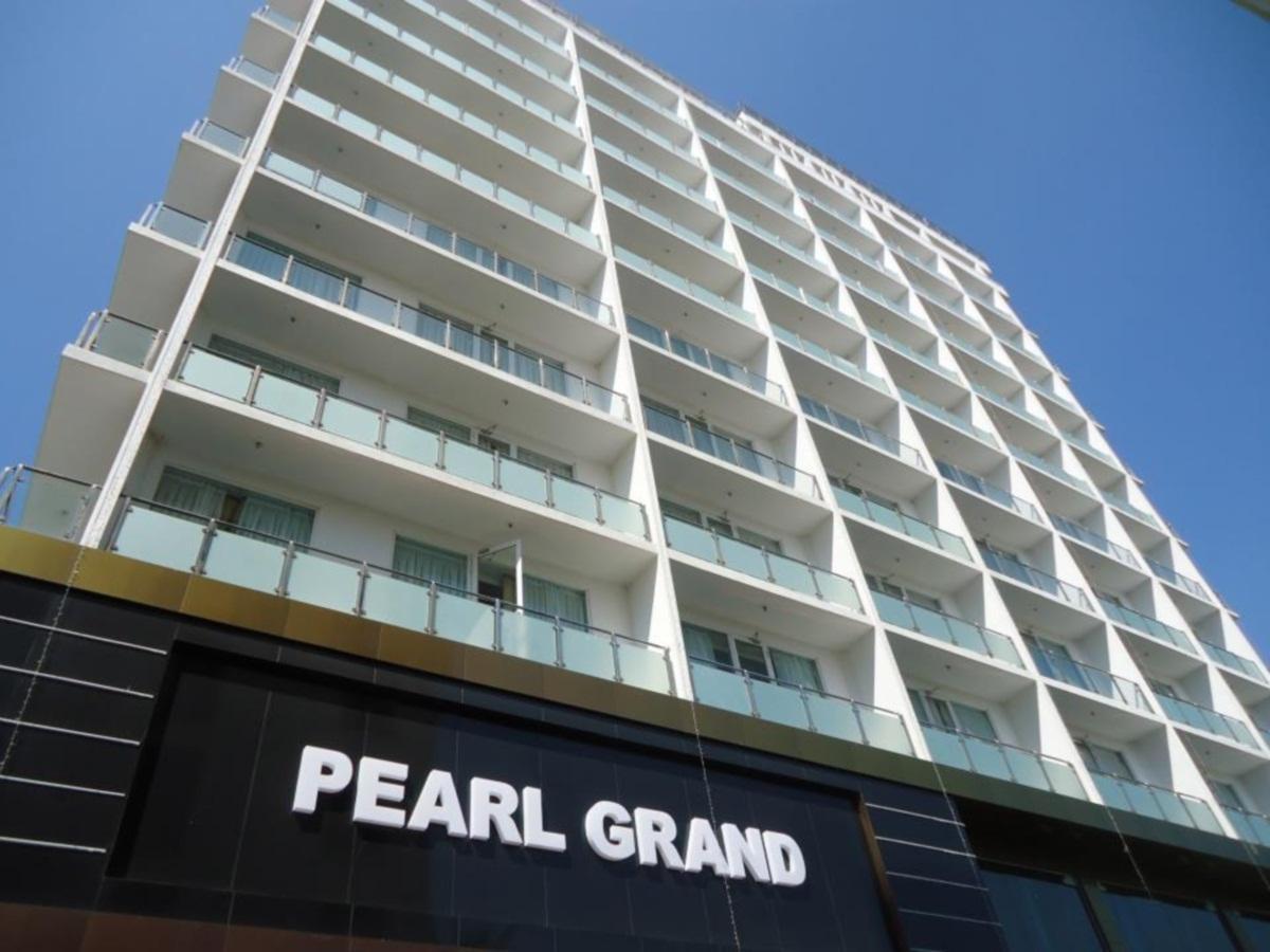 Pearl grand hotel bambalapitiya colombo sri lanka - Grand hotel sri lanka ...