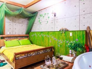 Casa Seorak Bed and Breakfast Sokcho-si - Guest Room
