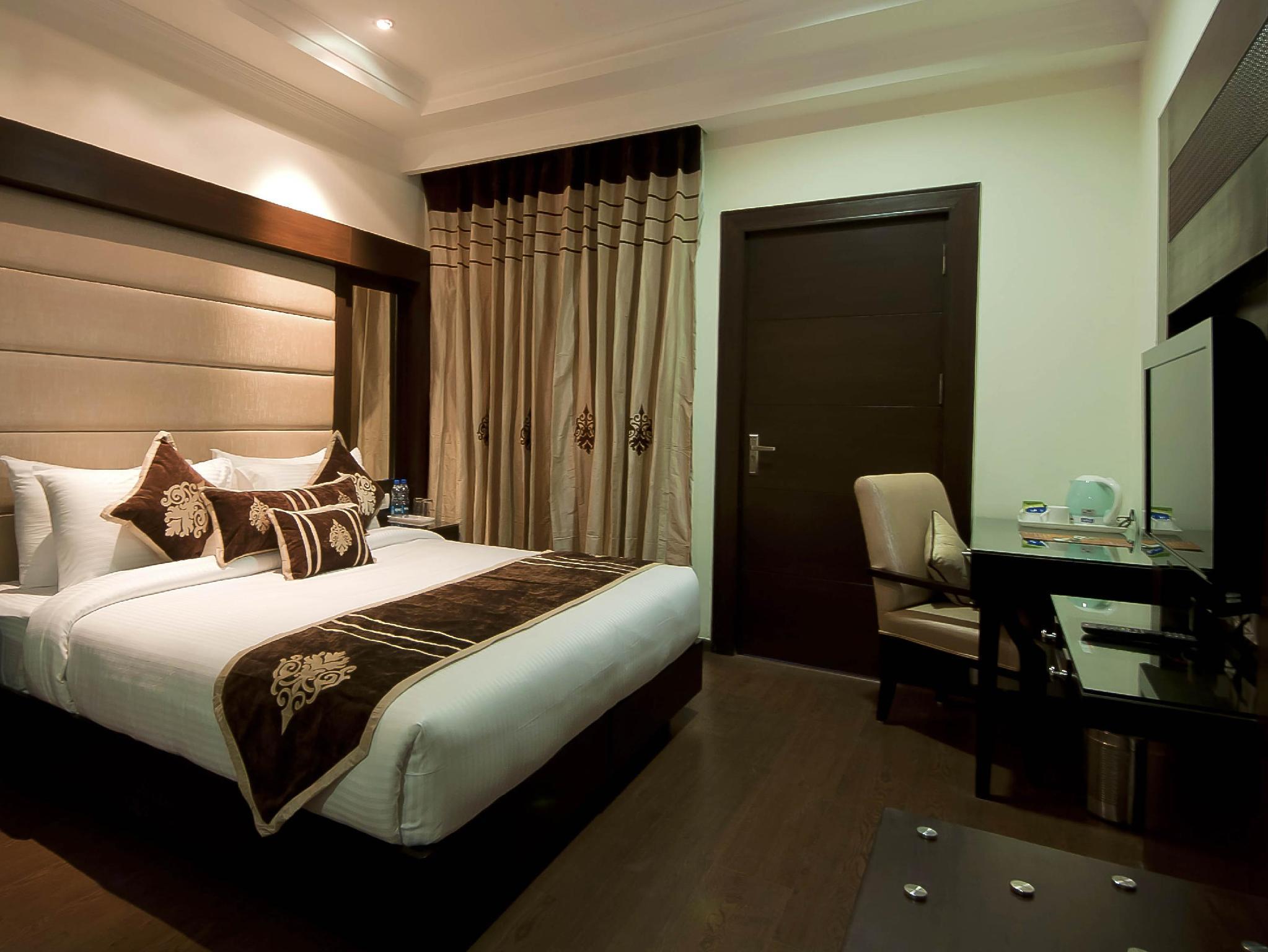The Hotel Pitrashish Pride