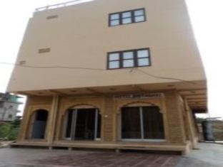 AMIT MAHAL HOTEL