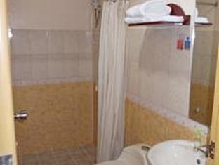 ル プラム ホテル       クリマオ - バスルーム
