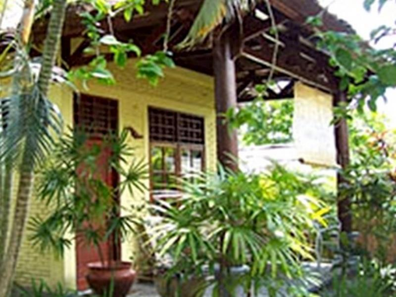 Raja's Bungalow - Hotels and Accommodation in Indonesia, Asia