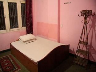 Aakash Hotel