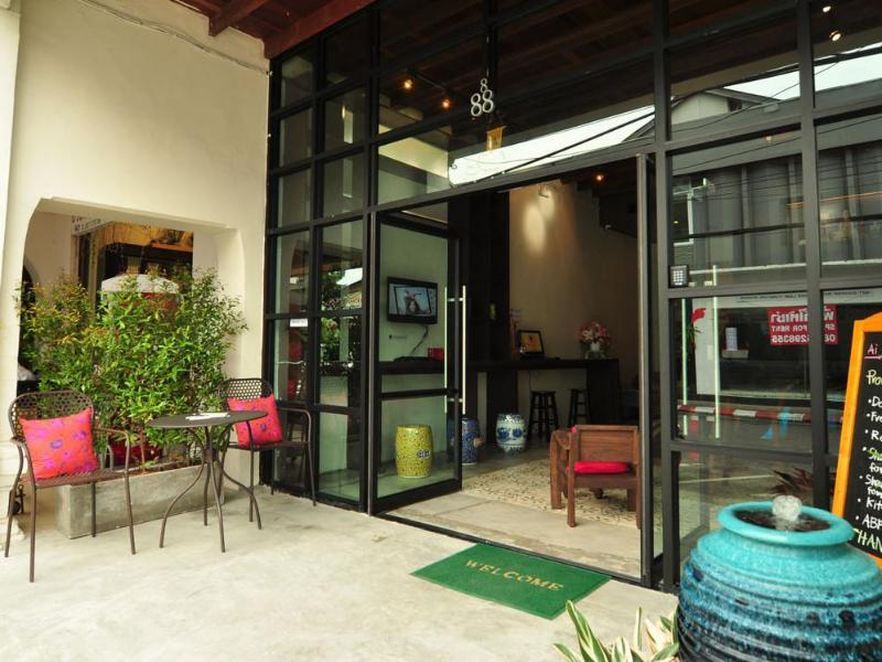 Ai Phuket Hostel بوكيت