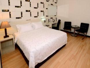 Hotel Tebrau CT Johor Bahru - Superior King