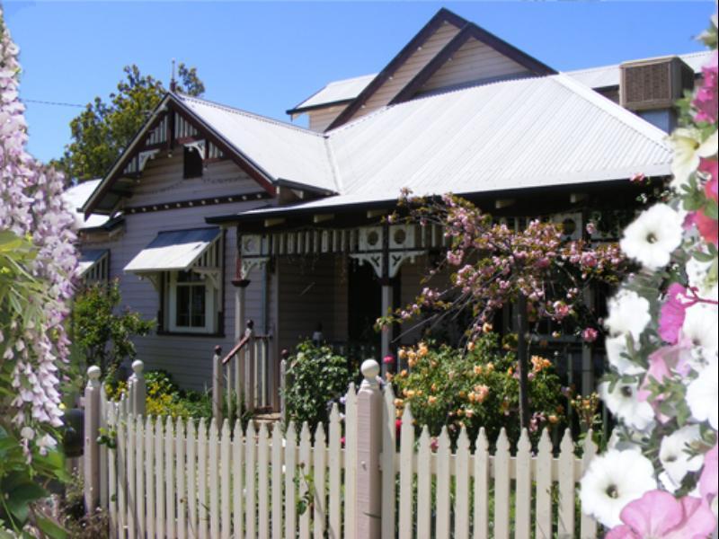 Dunn s Bed & Breakfast - Hotell och Boende i Australien , Wagga Wagga