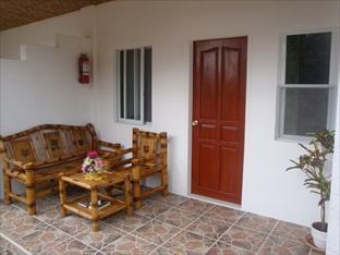 Acacia Sunset Village Inn Bohol - Tampilan Luar Hotel
