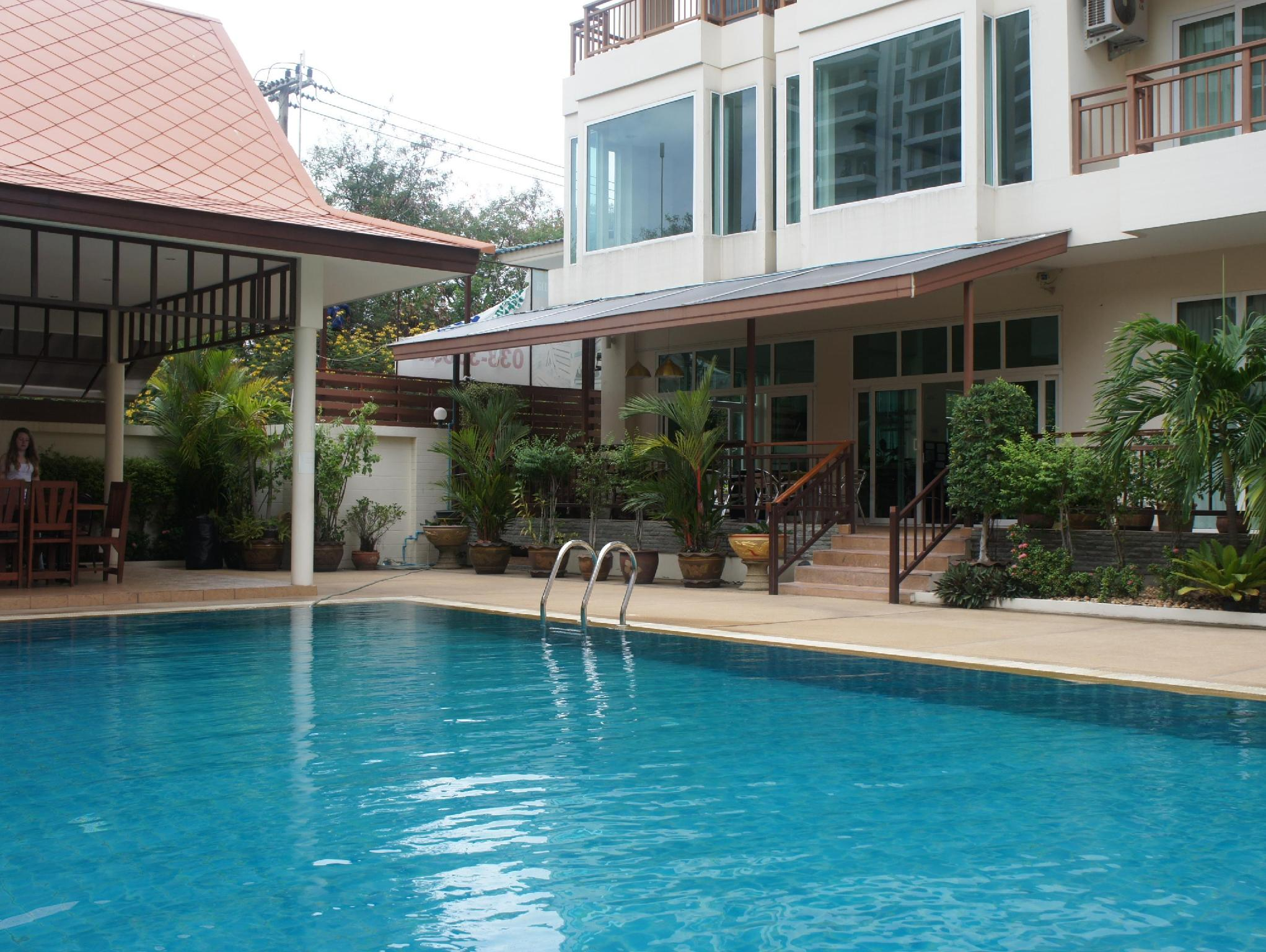 Emerald Palace - Serviced Apartment - Hotell och Boende i Thailand i Asien