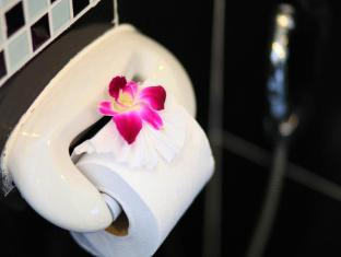 88 Hotel Phuket - Superior Twin (Bathroom)