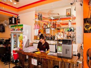 Bangkok Guesthouse@Patong Puketas - Restoranas