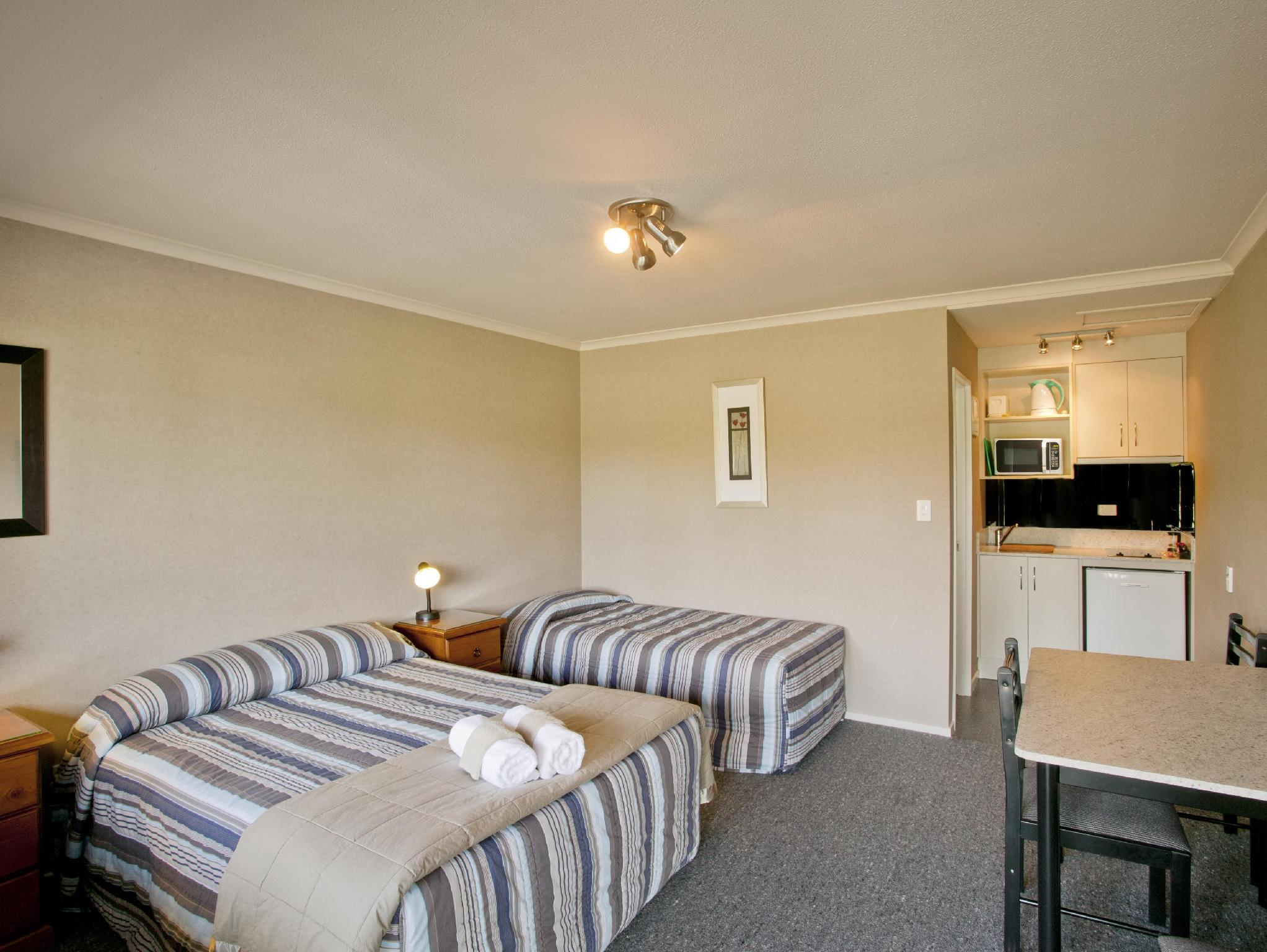 Te Anau Kiwi Holiday Park & Motels - Hotels and Accommodation in New Zealand, Pacific Ocean And Australia
