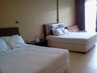 Batu Paradise Hotel picture