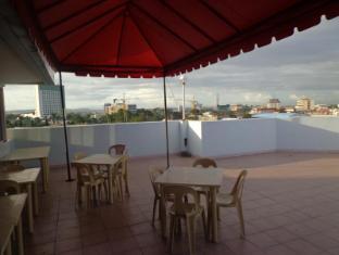 ALU Hotel Davao Davao - Rooftop Area