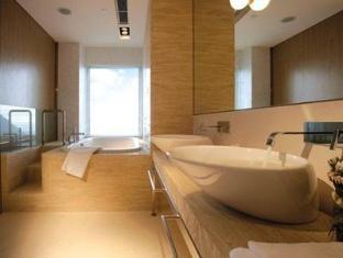 Stanley Oriental Hotel Hong Kong - Bathroom