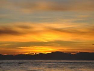 Island Garden Resort in Pangubatan Davao - Stunning Sunrise