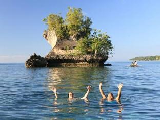 Island Garden Resort in Pangubatan Davao - Mushroom Rock