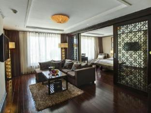 Golden Lotus Luxury Hotel Hanoi - Luxury Suite