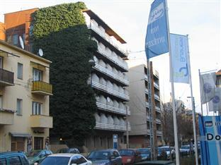 Mary-Ann Non Stop Apartments Boedapest - Hotel exterieur