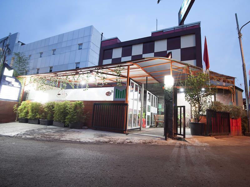 Mine Home Hotel Cihampelas