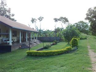 Bungalow at 84 - Hotels and Accommodation in Sri Lanka, Asia