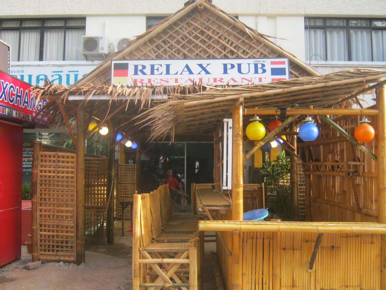 Hotell Relax Pub   Guesthouse i Karon, Phuket. Klicka för att läsa mer och skicka bokningsförfrågan