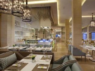 The Mulia Nusa Dua Suites Bali - Food, drink and entertainment