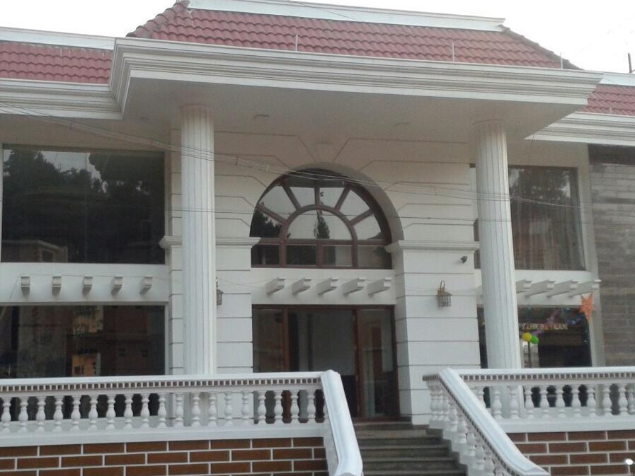 The Majestic Crown Hotel - Ooty