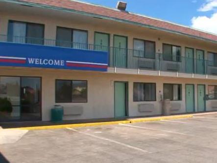 阿拉莫戈多6號汽車旅館