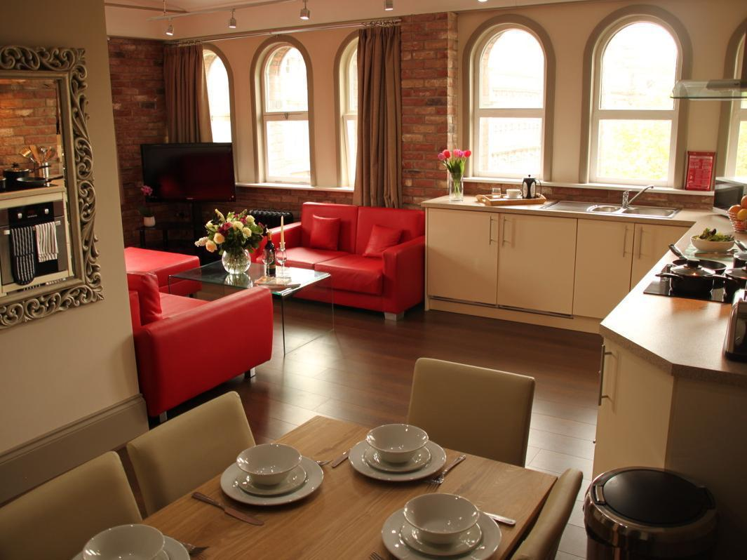 Base Serviced Apartments - Sir Thomas Street - Liverpool
