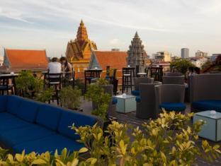 Amanjaya Pancam Hotel Phnom Penh - Balcony/Terrace