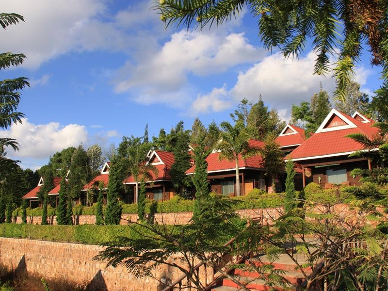 山顶别墅度假村