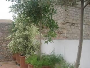 Riad la Parenthese Marrakech - Hotellet från utsidan