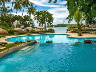 Pearl Farm Beach Resort Davao - Swimmingpool